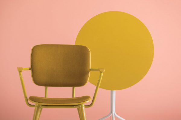 mesa y sillas de diseño para hostelería