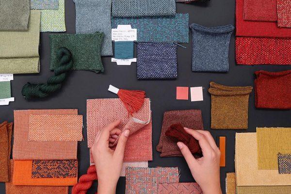combinación de tapizados de colores