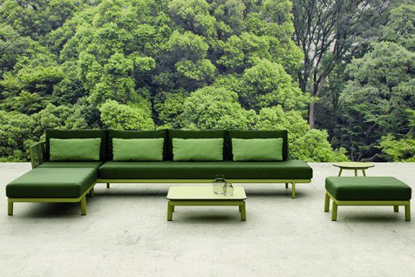 sofá de exterior jardín