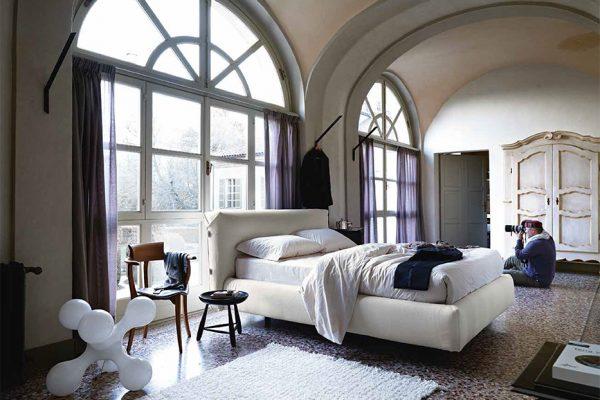 cama tapizada de Noctis en Benicarló