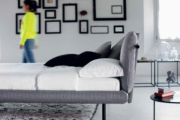 cama tapizada moderna de Noctis