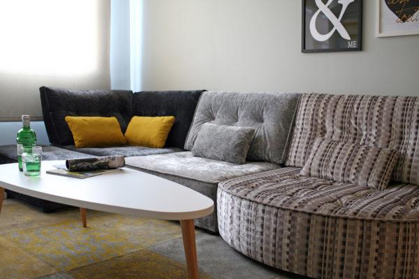 sofá modular arianne love de Fama Sofas en tonos grises