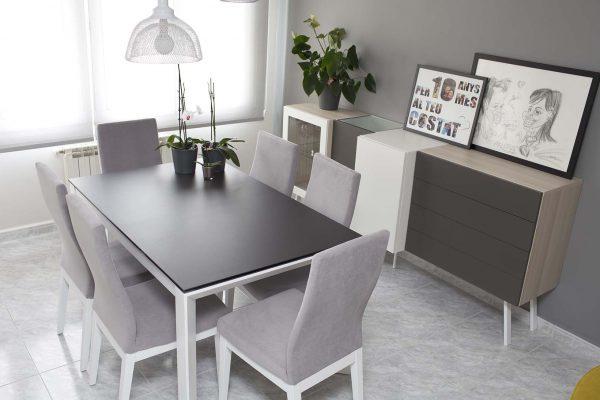 mesa comedor moderna con sobre porcelánico