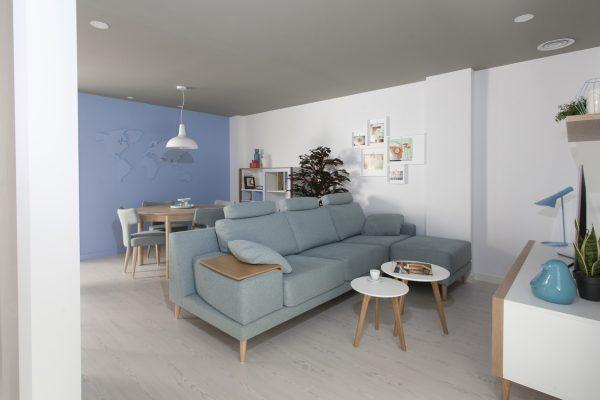 Sofá Madison Nordik de Fama Sofás tapizado en azul