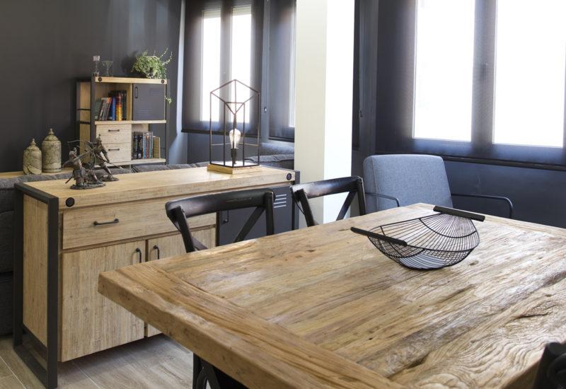 mesa de madera de teca